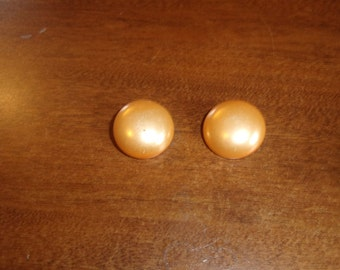 vintage clip on earrings peach circles