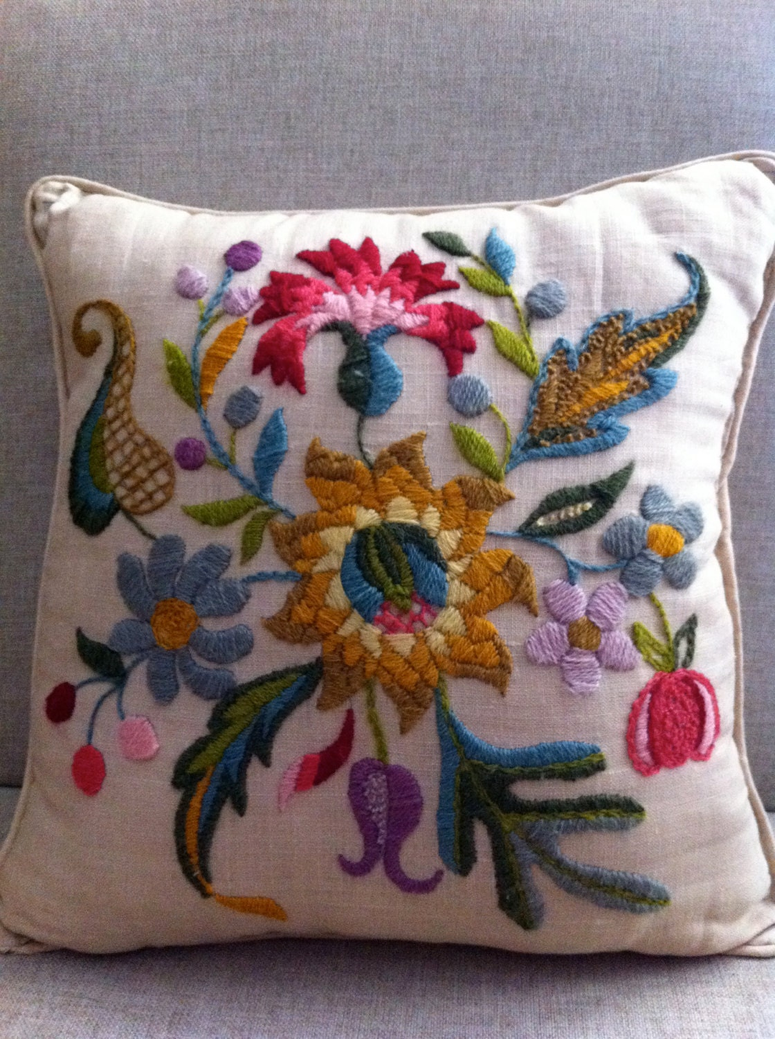 Vintage crewel work pillow flower power for Vintage sites like etsy