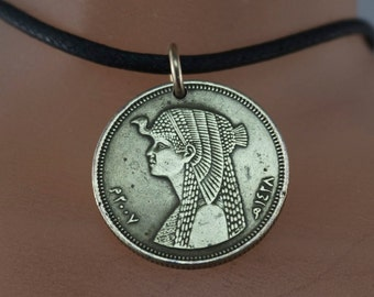 cleopatra necklace. coin jewelry. EGYPT COIN NECKLACE.  piastres. egyptian necklace. middle east. No.001665