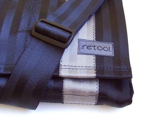 Crossbody Messenger Bag with Zipper Pocket (M-6)