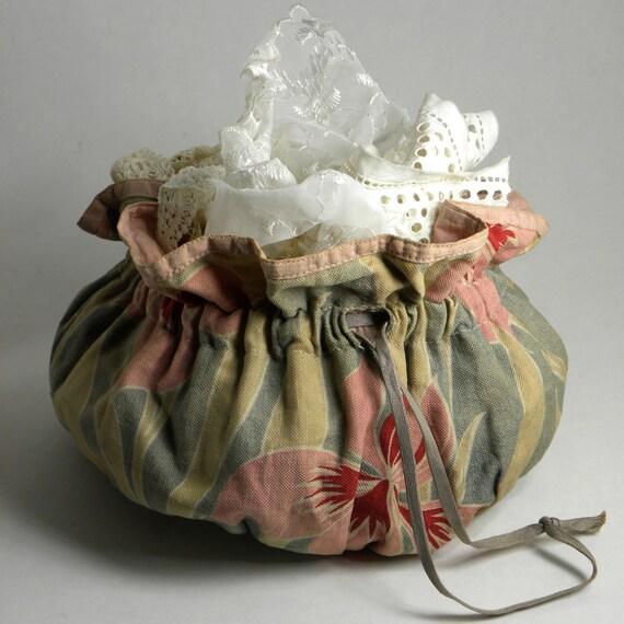 Vintage Drawstring Bundle of Old Scraps of Laces
