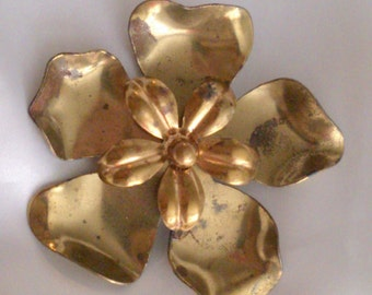 Vintage 1940's Brass Flower Brooch