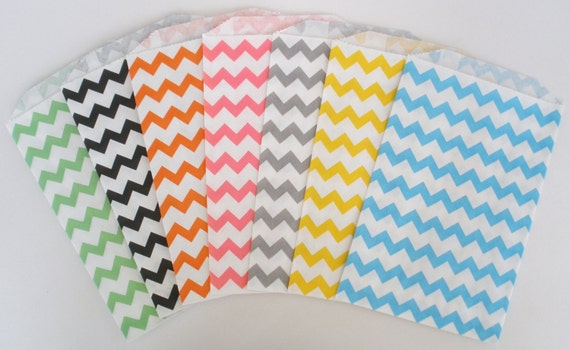 Chevron Stripe Bags, 20 Ct...Pick Your COLOR(S).....Chevron Design Paper Bags, Favor Bags...Wedding Favor Bags, Candy Buffet