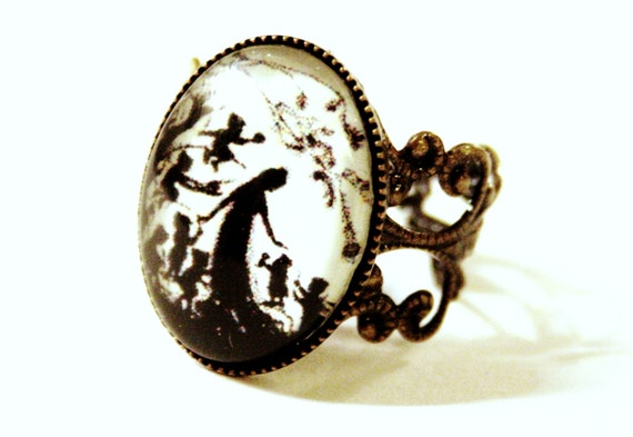Snow White Silhouette Nostalgic Ring bronzecolored - adjustable stars white black fairy tale special gift sister friend daughter jewelry