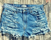 High Waisted Denim Shorts (LARGE-XLARGE)