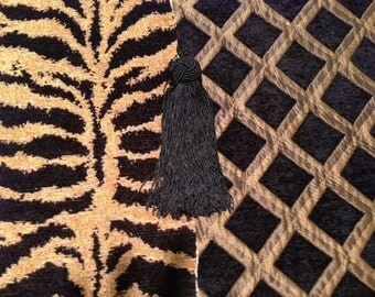 Fireplace Mantel Runner, Tiger Chenille with Black and Gold Diamond Reverse, Black Tassels