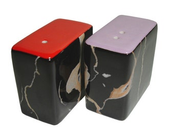 Dinky Modern Ceramic Salt & Pepper Pots / Shakers / Cellars (Jet Marble Red and Lilac)