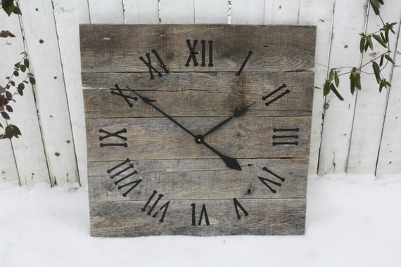 large rustic wall clock reclaimed gray pallet wood by terrafirma79