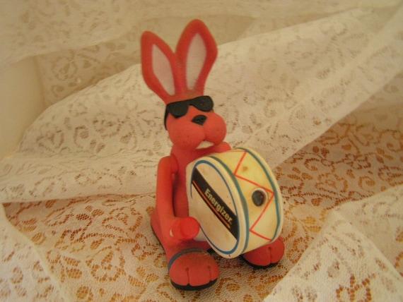 vintage plastic energizer bunny