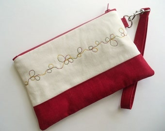 Quilted wristlet in red and white with stitched circles, cotton zipper pouch - Christmas Gift