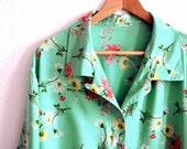 Oversized Shirt . Vintage 80s . Flower Print . Seafoam Green
