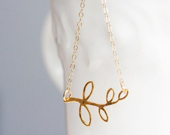 Gold Vermeil Branch Necklace Nature Inspired Leaf Necklace Tree Twig Necklace Dainty Branch Jewelry - N278