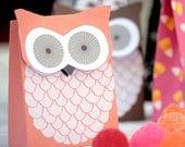 Owl party favor box printable by Lafabrique-à-bricole on Etsy
