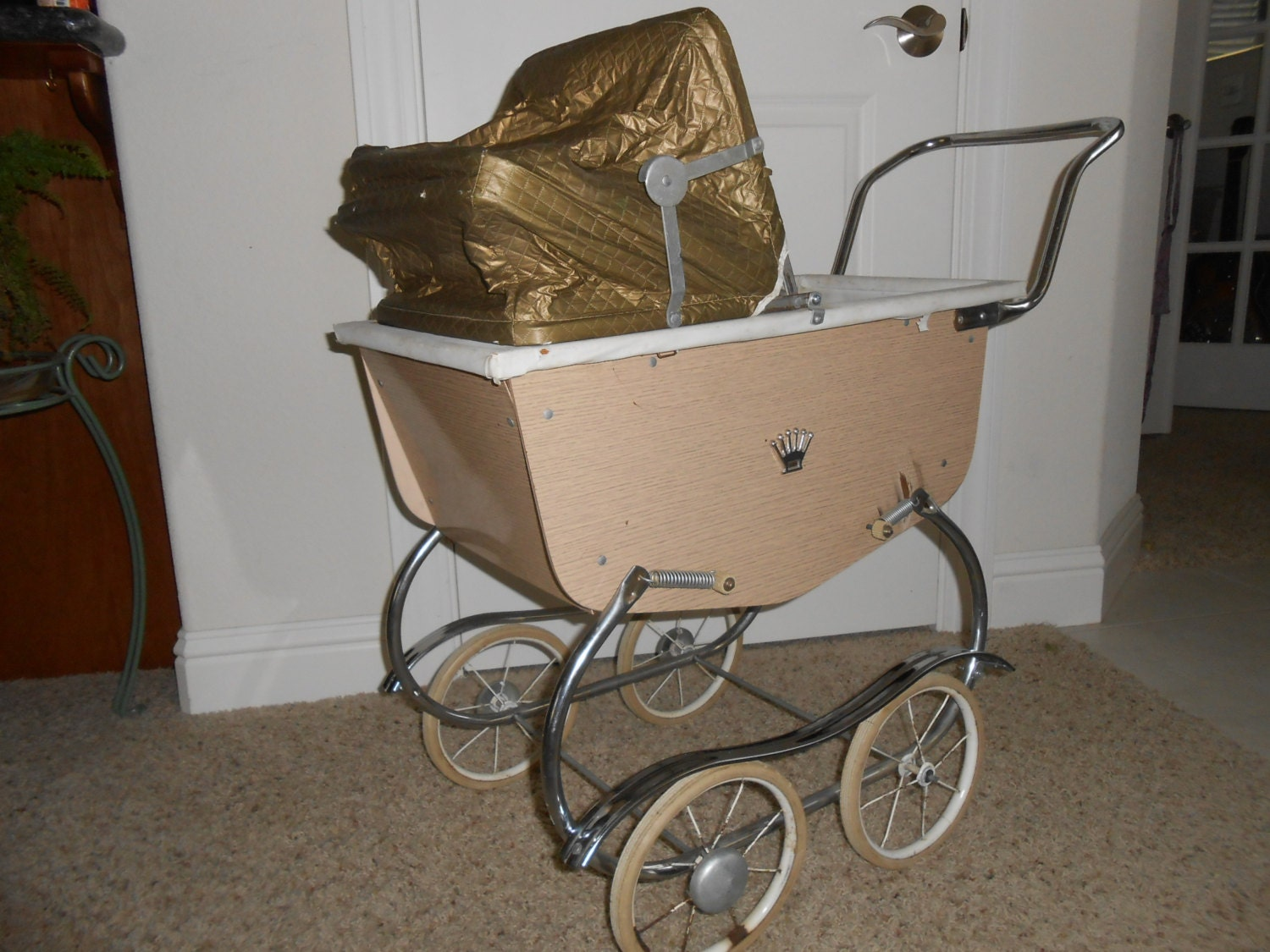 Vintage Doll Buggy 83