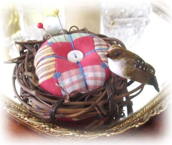 Handmade PINCUSHION 3.25 inches BIRDNEST with BIRD, CharlotteStyle Sewing Needlecraft
