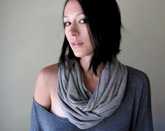 GOLD STRIPED Infinity Scarf - Heather Grey Knit Loop Scarf - Metallic Stripes - Circle Scarf