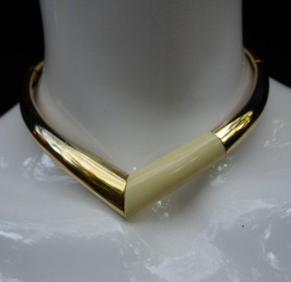 1976 GIVENCHY  Choker Necklace