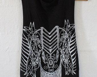 Apache Womens artwork screen printed sleeveless singlet
