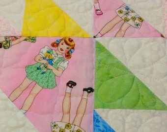 Baby Quilt with Pastels and Dolls