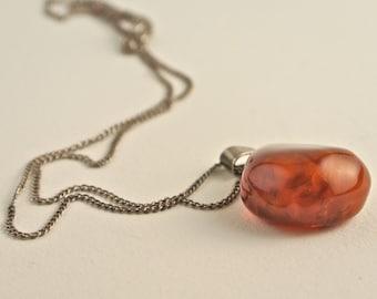 "Sterling Silver Amber Confetti Lucite Necklace 17""."