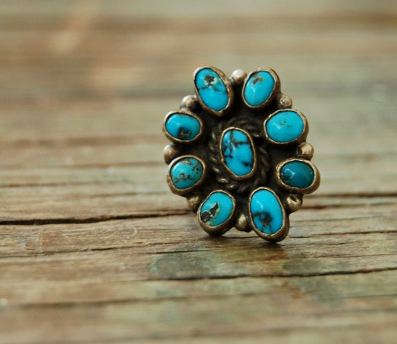 Vintage Turquoise Ring Chunky Zuni Flower Blossom