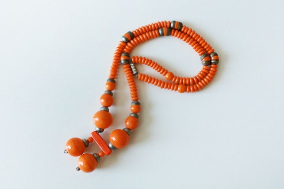 1930s necklace / ORANGE GLASS Beads / Collar Necklace