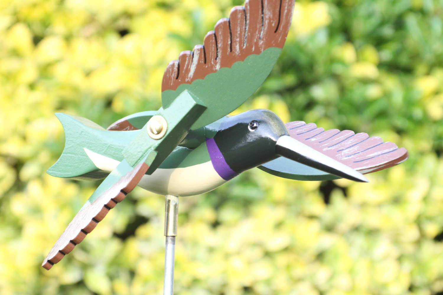 Hummingbird whirligig bird bird garden decor for Hummingbird decor