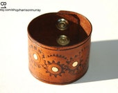 Leather Steampunk Gears Cuff