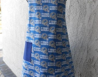 The Lions  Blue and Gray reversible apron great for tailgating or favorite chef