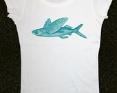 Fish 29 Flying Fish - Women's Short Sleeve Scoop Neck Cotton T-Shirt Contoured Fit