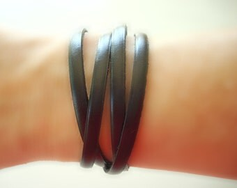Ushta (Four) - Genuine Leather Wrap Bracelet. Add vintage pins for a new look everyday.