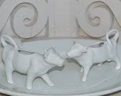 A Very FINE Pair of ViNTaGe White Ceramic COW CREAMERS