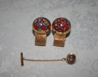 Vintage Set of Mens Wrap Around Cuff Links and Tie Pin Gold Tone Red Enamel Speckled Design