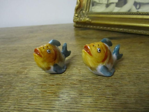 Gold Fish Salt And Pepper Shakers By Ontherebound On Etsy