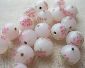 Vintage Alabaster White Pink and Green Glass Beads. Floral.  10 pcs. 8mm