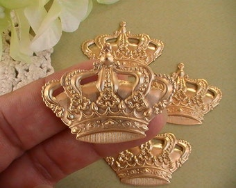 4pcs Metal Crown Brass Findings Jewelry Supplies Raw Brass Stamping Mix Media Collage Altered Art Jewelry Supplies