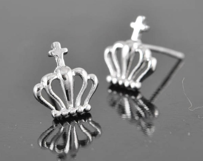 crown earring, cross earring, sterling silver earring, stud earrings, eco friendly recycled silver