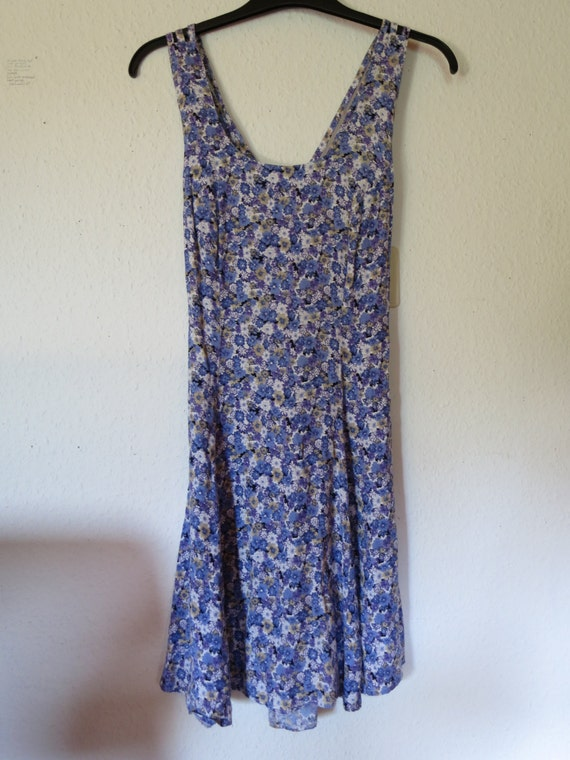 Floral grunge dress with criss cross back Small