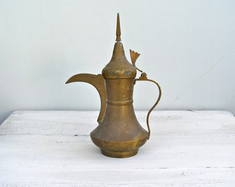 Vintage Brass Teapot Exotic Home Decor, Mediterranean Exotic Teapot Tea Kettle, Brass Decor Jungalow Style, Oriental Brass Decor Hosting