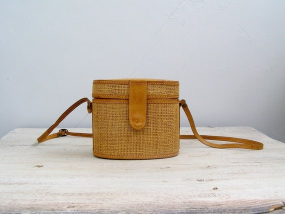 Retro Woman Case Bag, Rustic Casual handbag, Leather and Jute,  Travel case bag, Mustard Purse, Country, Gift for woman