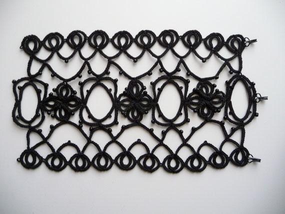 Tatting handmade bracelet black -  Gothic style - Halloween
