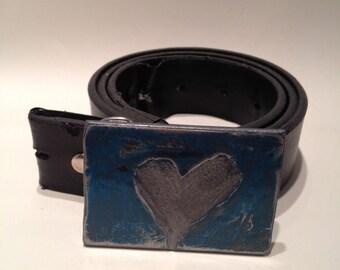 Distressed heart steel belt buckle