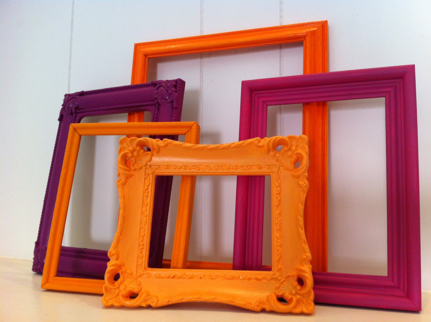 Frame collage funky bright home decor upcycled by fefifofun for Funky home decor