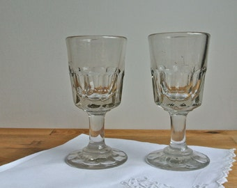 """2 Early Cordial Liqueur Sherry Glasses 4""""."""