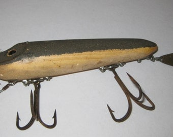 Heddon Flaptail Musky Gray Mouse 7050 series collectible ON SALE