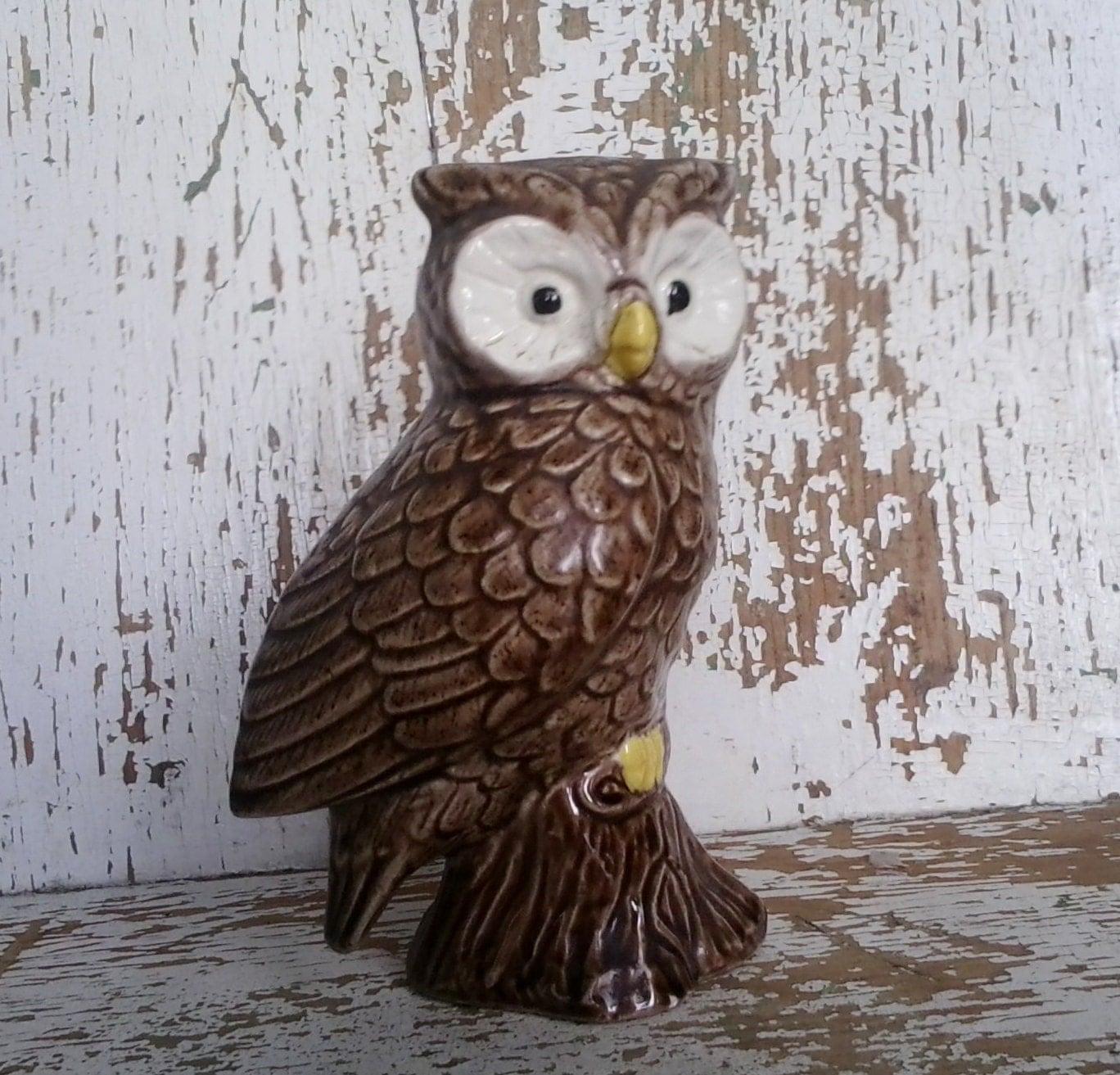 Retro Kitsch Ceramic Owl Figurine Vintage By Happydayantiques
