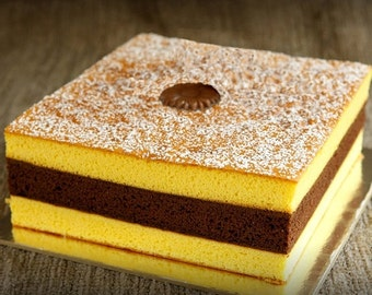 Triple Delight Cake by Euforia - Maxi (Gluten-free/All-natural Chocolate and Vanilla Layer Cake)