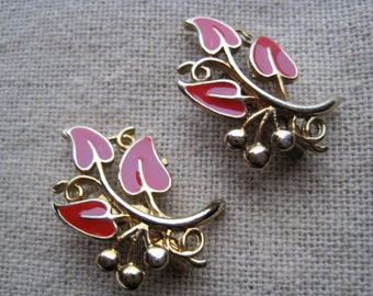 Two Vintage  Gold Tone Red Enamel Flower Scatter Pins