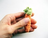Carrot charm, carrot keychain, vegetable ornament, vegetarian keychain, vegan keychain, carrot ornament, crochet vegetables, etsyveg team