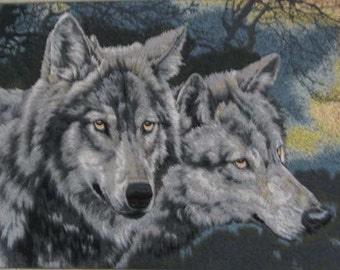 embroidery wolves,chinese silk embroidery,chinese art silk wall hanging,home decor